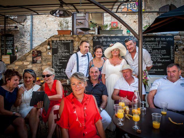 Le mariage de Hervé et Corinne à Labeaume, Ardèche 90