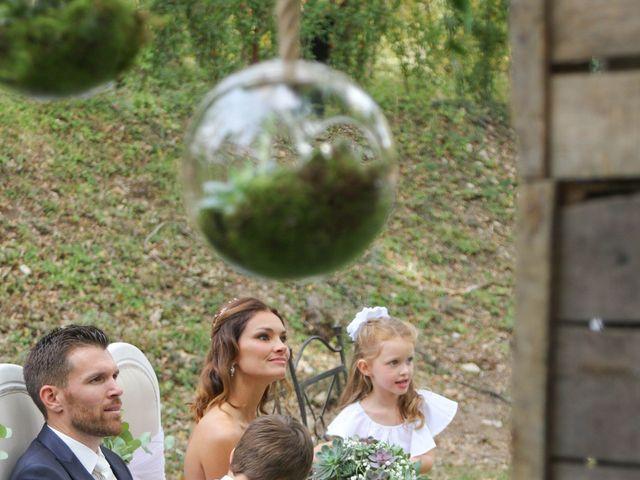 Le mariage de Cédric et Lindsay à Jouques, Bouches-du-Rhône 28