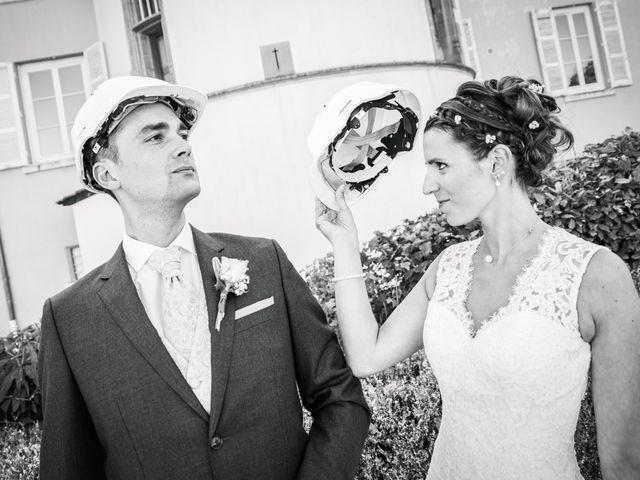 Le mariage de Xavier et Adeline à Charly, Rhône 24
