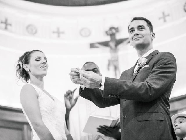 Le mariage de Xavier et Adeline à Charly, Rhône 38