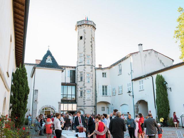 Le mariage de Xavier et Adeline à Charly, Rhône 44