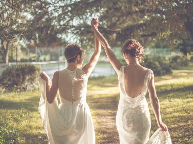 Le mariage de Sophie et Anaïs à Lyon, Rhône 24