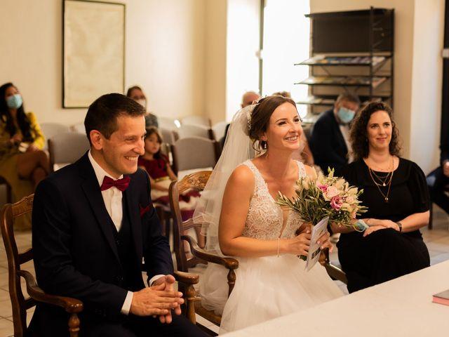 Le mariage de Cédric et Amandine à La Fare-les-Oliviers, Bouches-du-Rhône 26