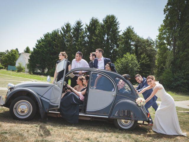Le mariage de Jeremy et Ophélie à Cosmes, Mayenne 37