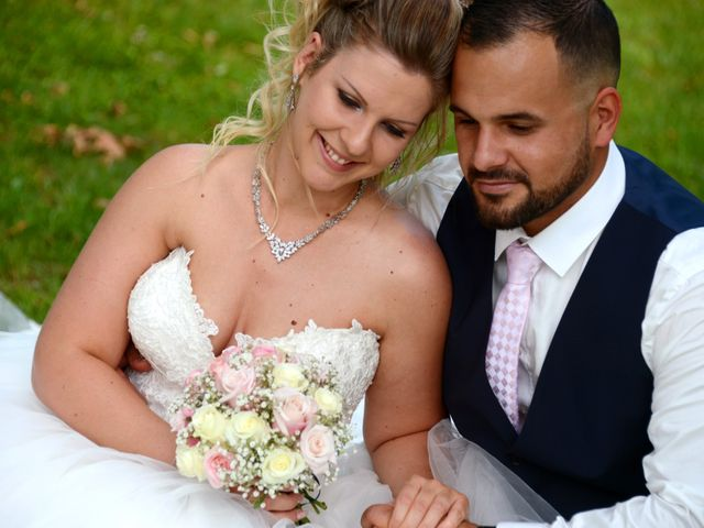 Le mariage de Kevin et Aurore à L'Abergement-Clémenciat, Ain 2