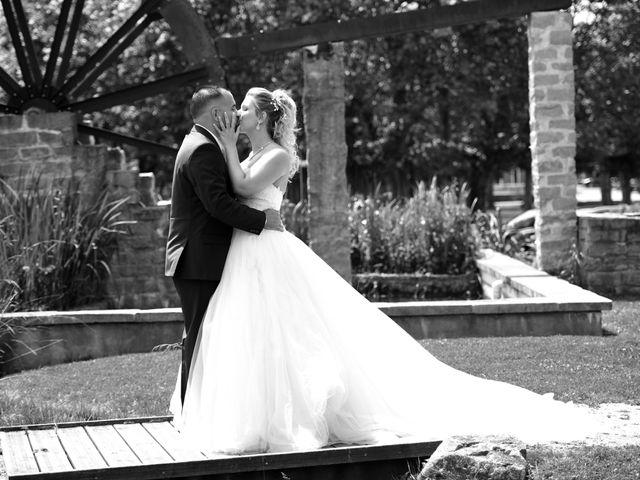 Le mariage de Kevin et Aurore à L'Abergement-Clémenciat, Ain 3