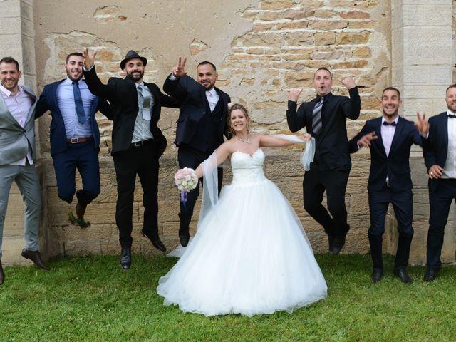 Le mariage de Kevin et Aurore à L'Abergement-Clémenciat, Ain 33