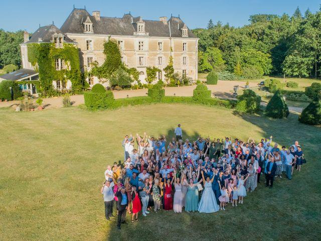 Le mariage de Charly et Clara à Écouflant, Maine et Loire 3