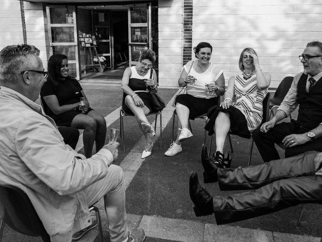 Le mariage de Colas et Julie à Tarnès, Gironde 37