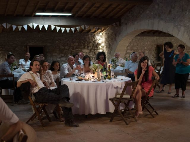 Le mariage de Benjamin et Clara à Gruissan, Aude 32