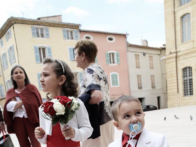 Le mariage de Christophe et Nina à Saint-Maximin-la-Sainte-Baume, Var 17