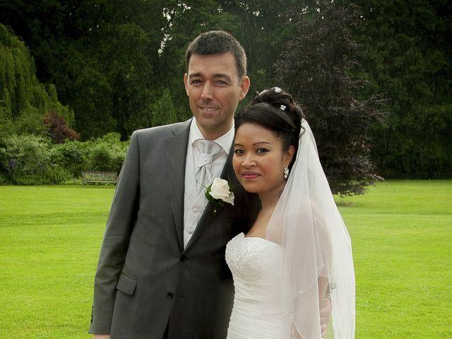 Le mariage de Jérôme et Pranith à Les Andelys, Eure 9
