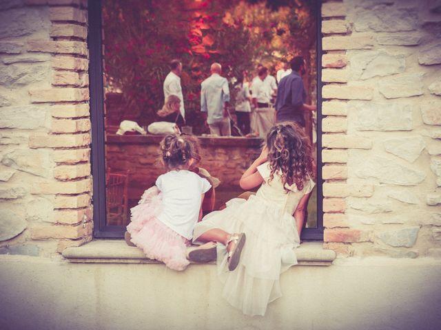 Le mariage de Grégory et Caroline à Rochefort-du-Gard, Gard 25