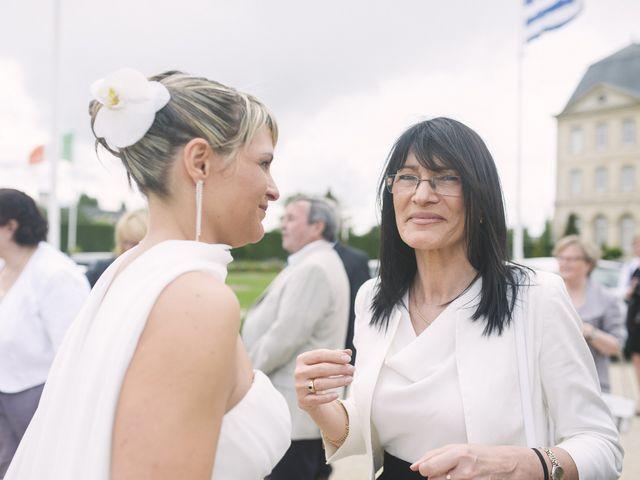Le mariage de Jérôme et Christelle à Fleury-sur-Orne, Calvados 1