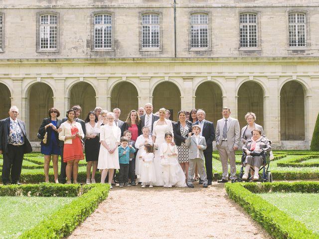 Le mariage de Jérôme et Christelle à Fleury-sur-Orne, Calvados 12