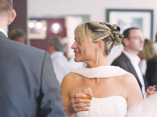 Le mariage de Jérôme et Christelle à Fleury-sur-Orne, Calvados 43