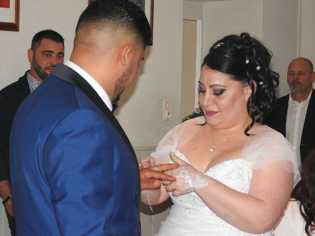 Le mariage de Zakaria et Adeline  à Saint-Paul-les-Fonts, Gard 10