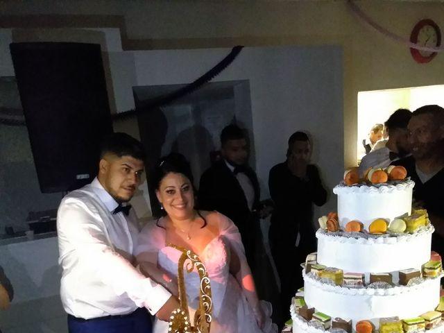Le mariage de Zakaria et Adeline  à Saint-Paul-les-Fonts, Gard 13