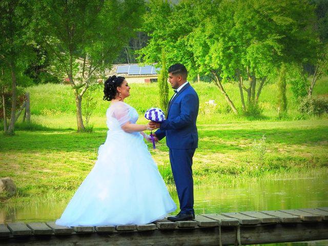Le mariage de Zakaria et Adeline  à Saint-Paul-les-Fonts, Gard 29