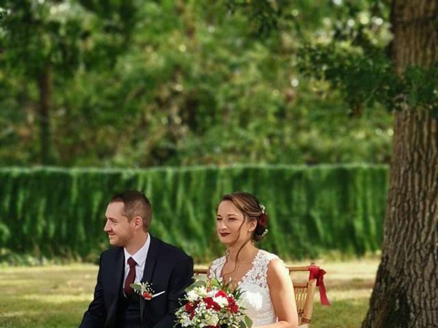 Le mariage de Benjamin et Charlotte à Saint-Martin-d'Abbat, Loiret 6