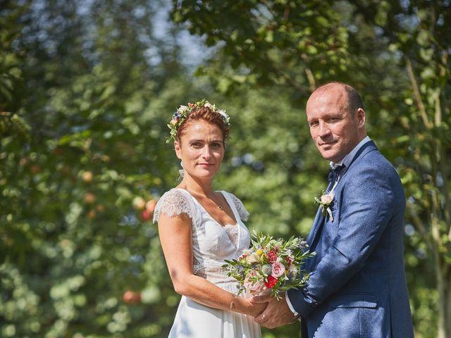 Le mariage de Pierre-Yves et Stéphanie à Bleury, Eure-et-Loir 16
