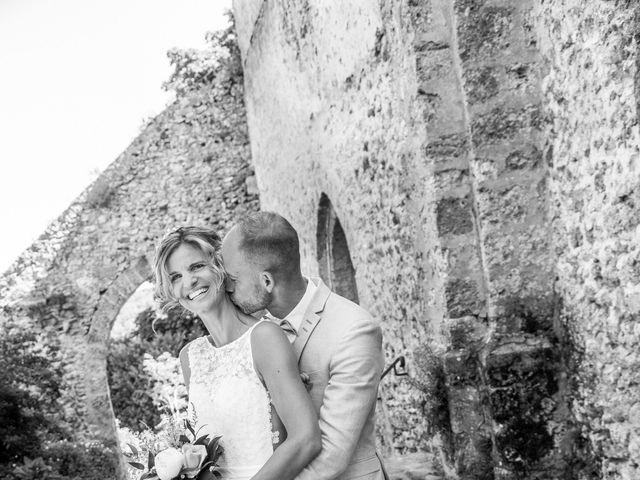 Le mariage de Adrien et Barbara à Maurepas, Yvelines 20