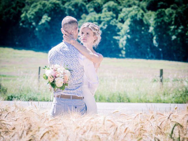 Le mariage de Adrien et Barbara à Maurepas, Yvelines 23