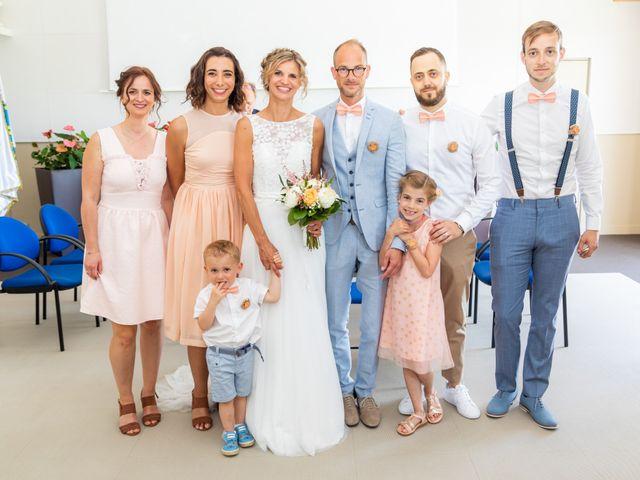 Le mariage de Adrien et Barbara à Maurepas, Yvelines 48