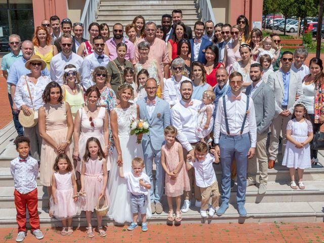 Le mariage de Adrien et Barbara à Maurepas, Yvelines 52