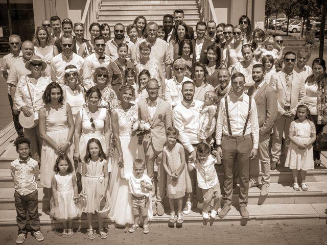 Le mariage de Adrien et Barbara à Maurepas, Yvelines 53