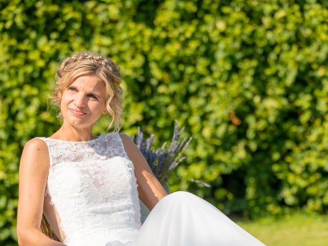 Le mariage de Adrien et Barbara à Maurepas, Yvelines 81