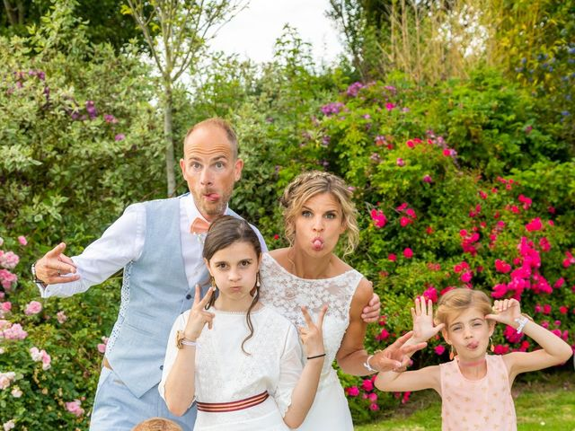 Le mariage de Adrien et Barbara à Maurepas, Yvelines 98