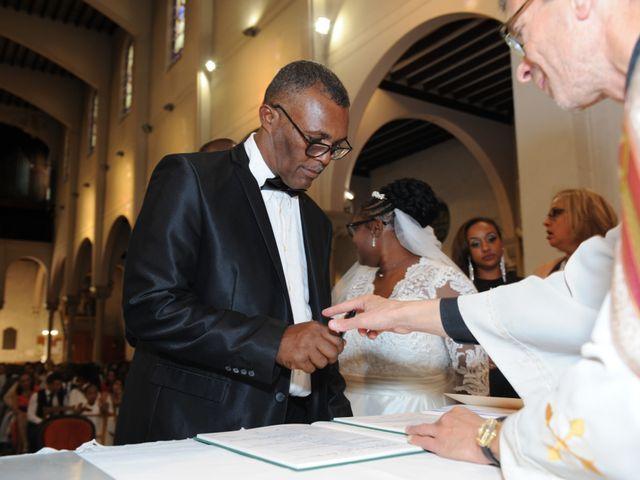 Le mariage de Yvan et Sandra à Villemomble, Seine-Saint-Denis 21