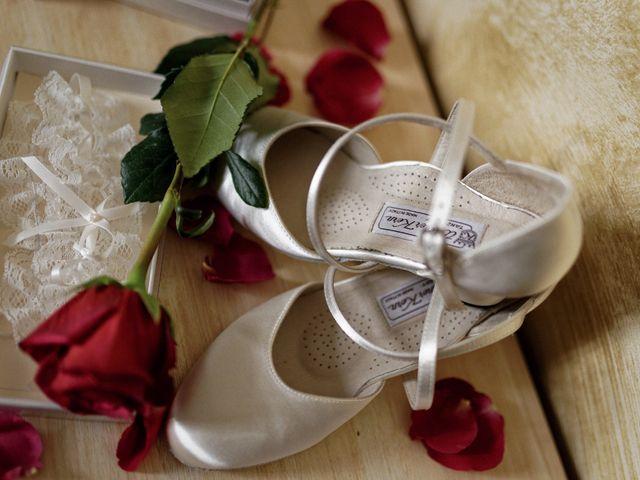 Le mariage de Julien et Ingrid à Les Aynans, Haute-Saône 5