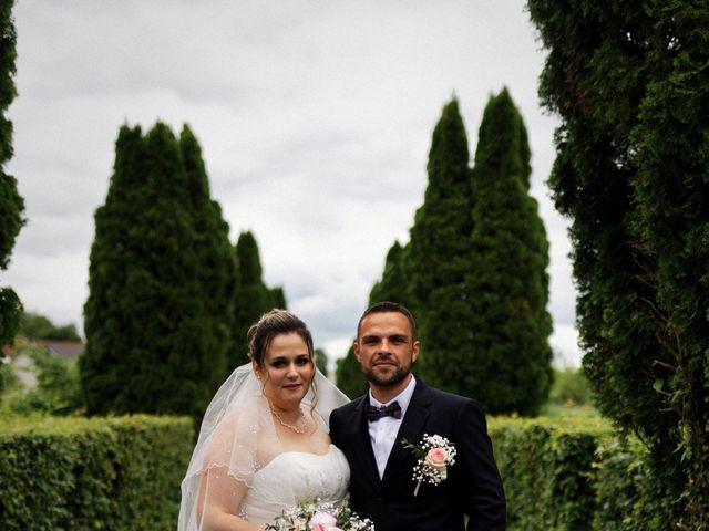 Le mariage de Julien et Ingrid à Les Aynans, Haute-Saône 30
