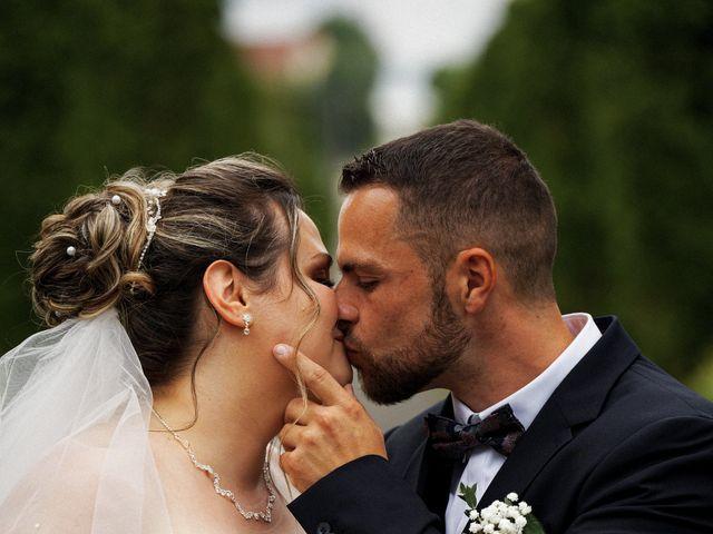 Le mariage de Julien et Ingrid à Les Aynans, Haute-Saône 33