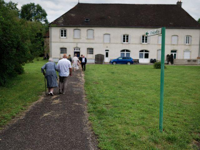 Le mariage de Julien et Ingrid à Les Aynans, Haute-Saône 41