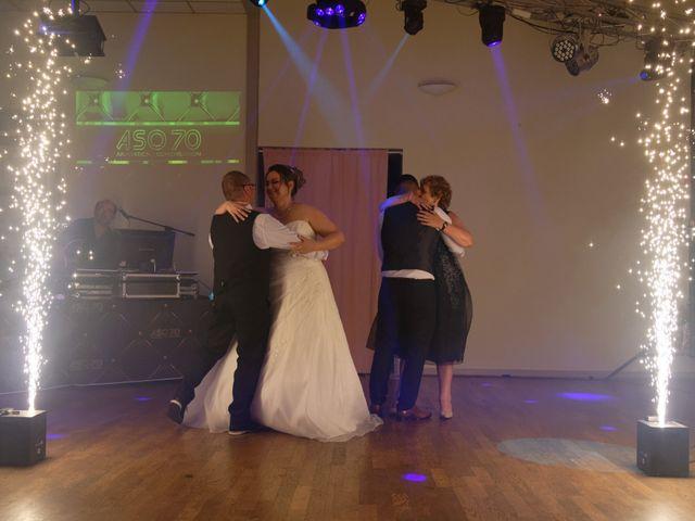 Le mariage de Julien et Ingrid à Les Aynans, Haute-Saône 83