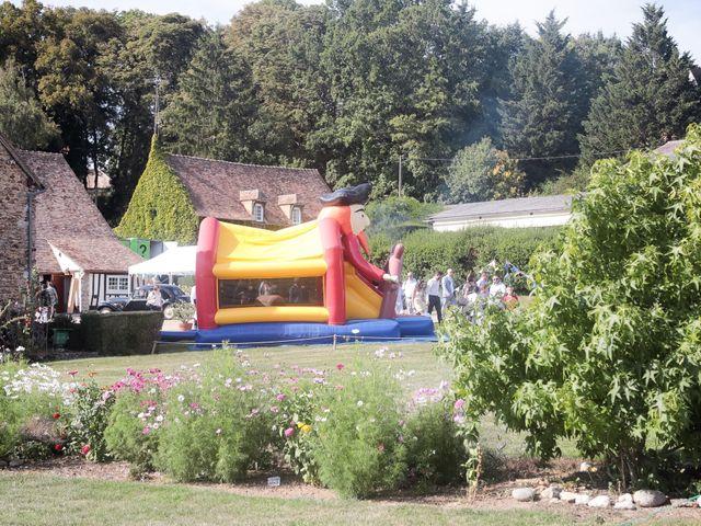 Le mariage de Aurélien et Gaby à Houlbec-Cocherel, Eure 12