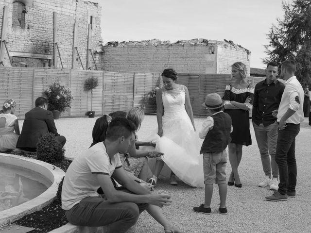 Le mariage de Jérémy et Adeline à Saint-Maxire, Deux-Sèvres 32