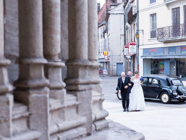 Le mariage de Matthieu et Anne-Laure à Auxonne, Côte d'Or 16