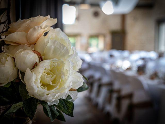 Le mariage de Raphael et Flavie à Gimouille, Nièvre 24