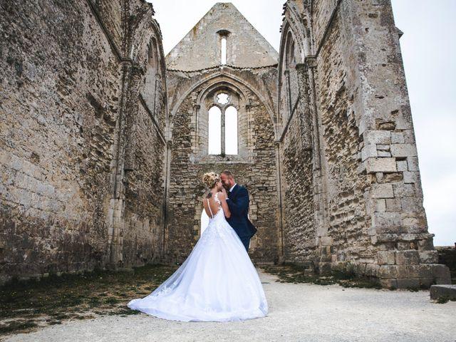 Le mariage de Loïc et Romy à La Flotte, Charente Maritime 11