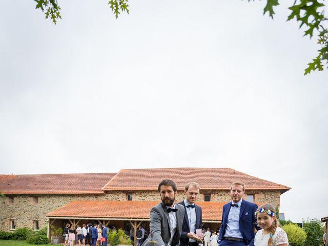 Le mariage de Simon et Aurélie à Soeurdres, Maine et Loire 13