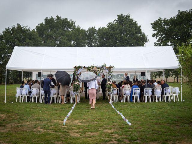 Le mariage de Simon et Aurélie à Soeurdres, Maine et Loire 15