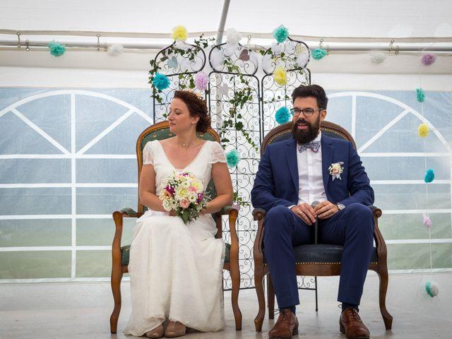 Le mariage de Simon et Aurélie à Soeurdres, Maine et Loire 17