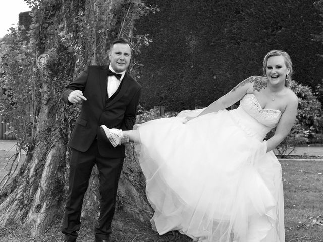 Le mariage de Jonathan et Typhaine à Marcq-en-Baroeul, Nord 12