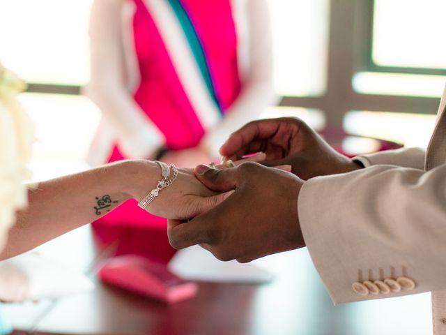 Le mariage de Yohann et Cendrine à Saint-Pierre-du-Perray, Essonne 12