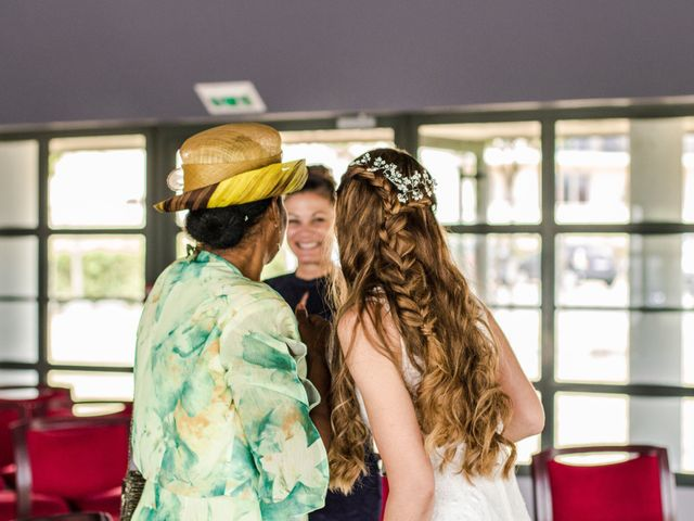Le mariage de Yohann et Cendrine à Saint-Pierre-du-Perray, Essonne 14