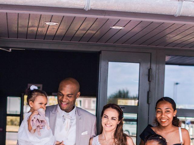 Le mariage de Yohann et Cendrine à Saint-Pierre-du-Perray, Essonne 15
